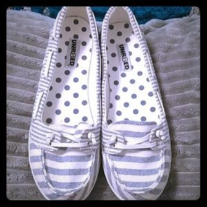 Unr8ed blue& white striped boat shoes/flats